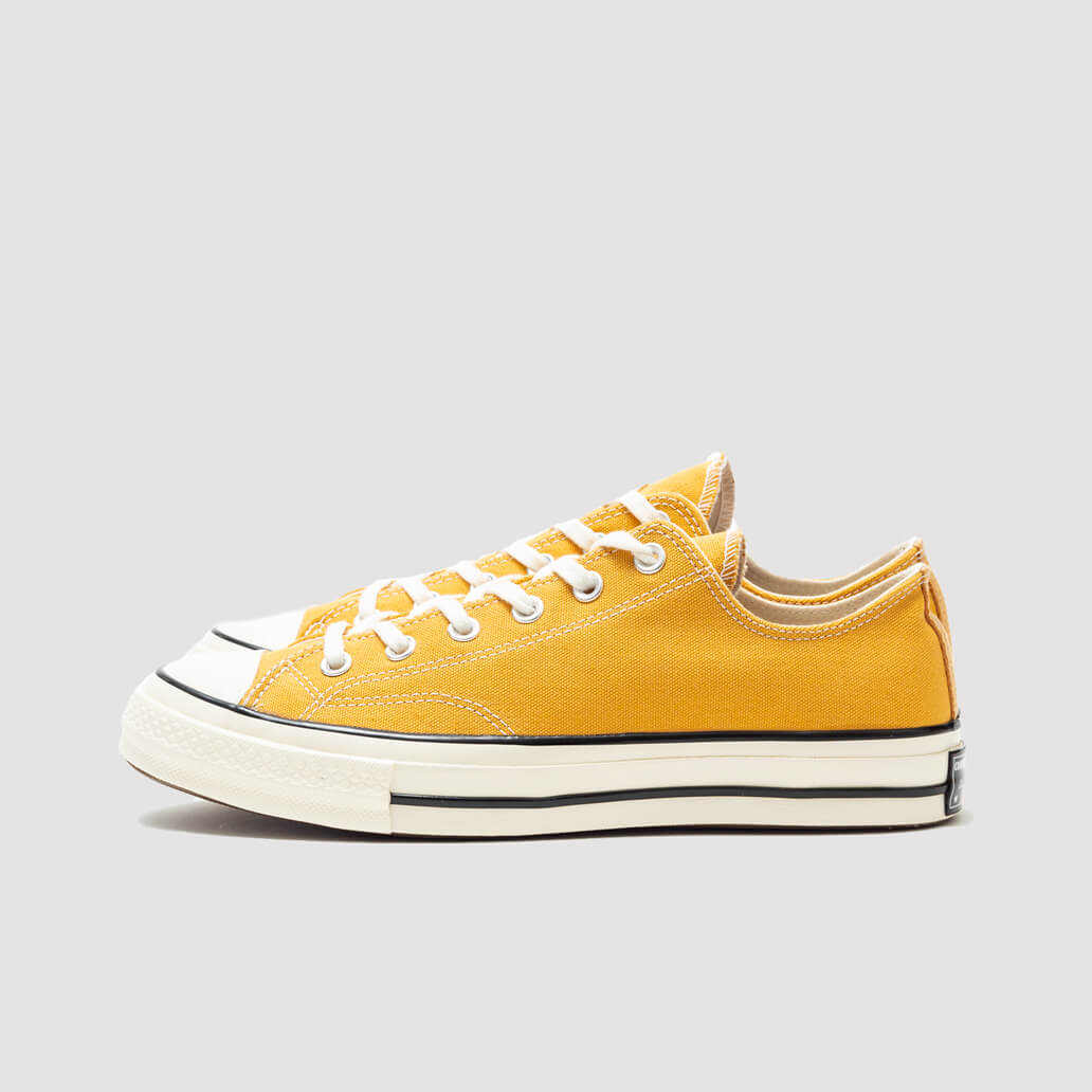 Chuck 70 Classic Low Top - Sunflower